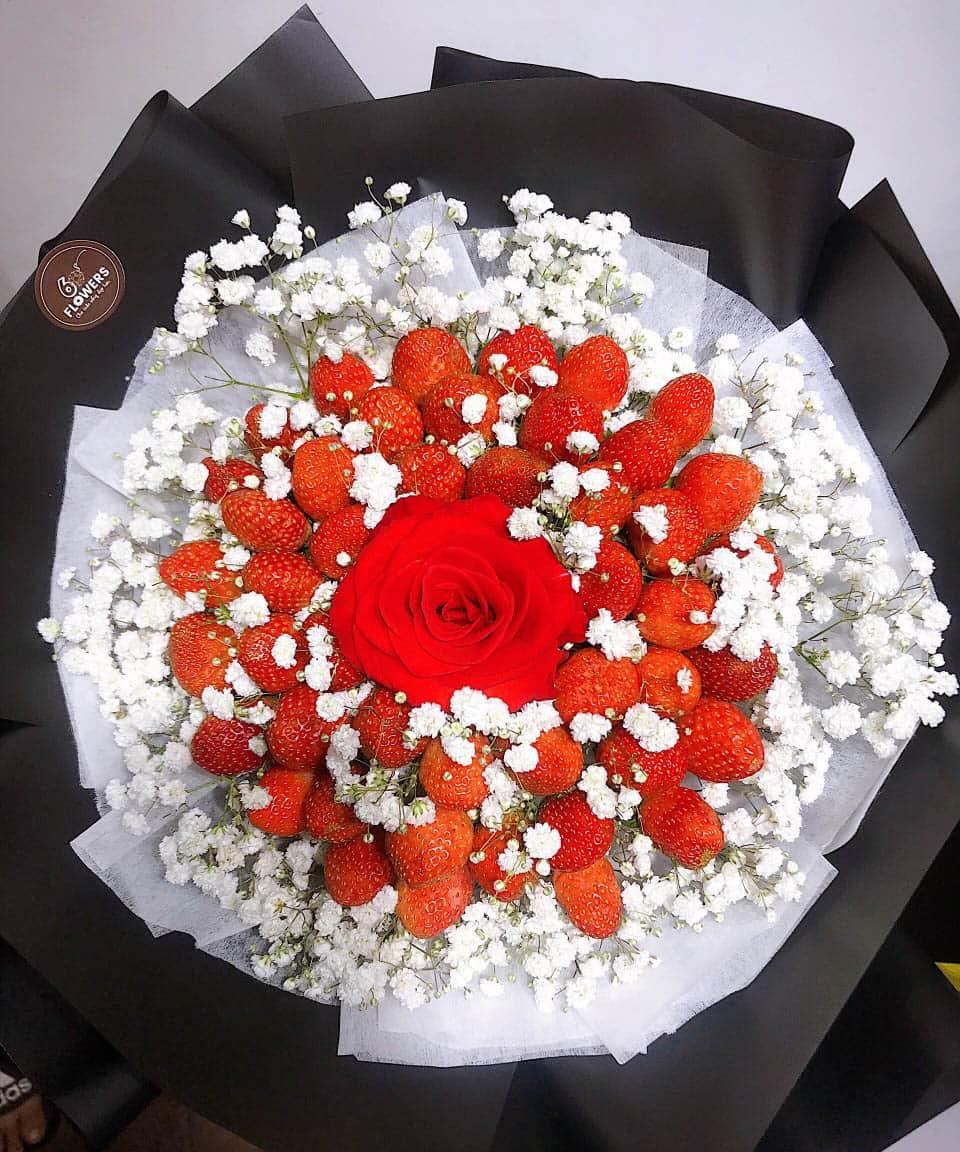 Bó hoa dâu tây 33