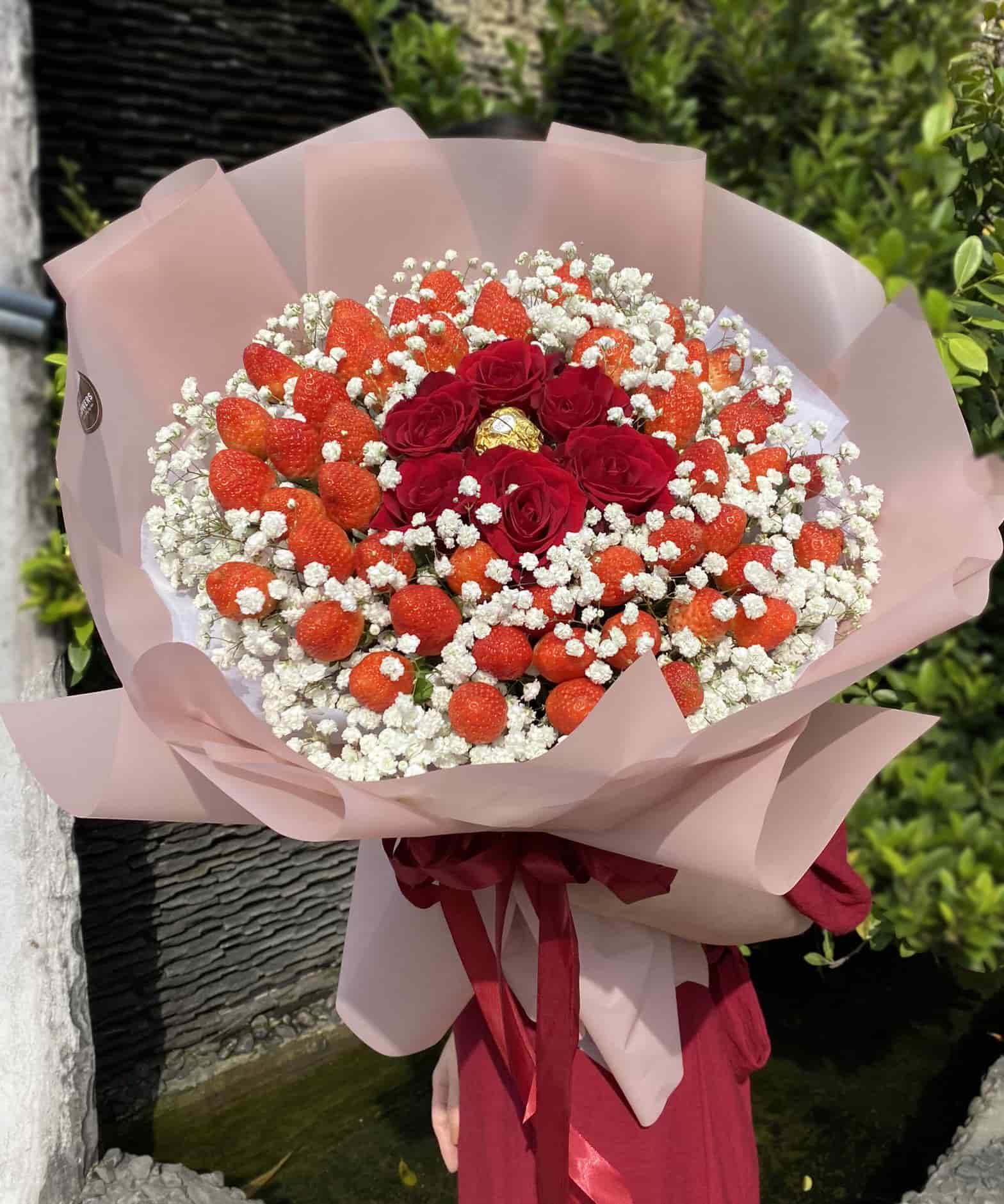 Bó hoa dâu tây 39