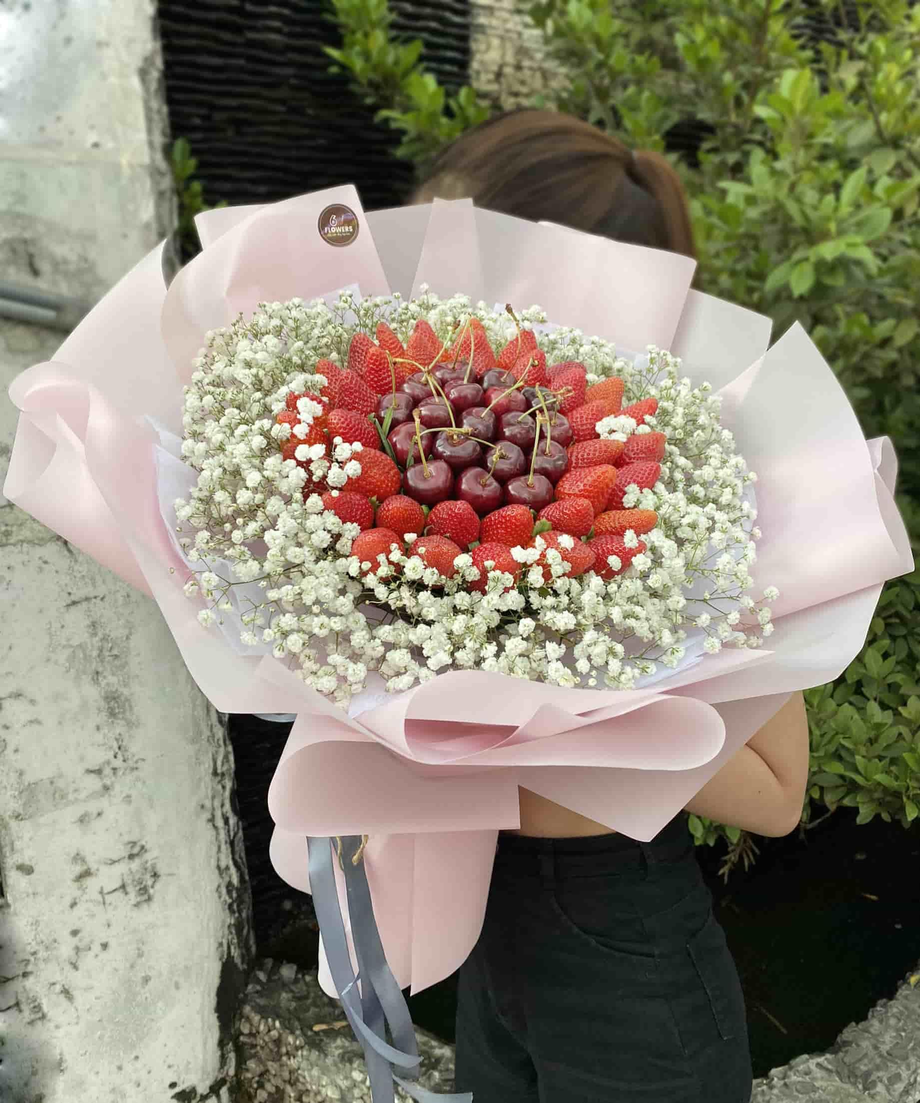 Bó Hoa Trái Dâu 14