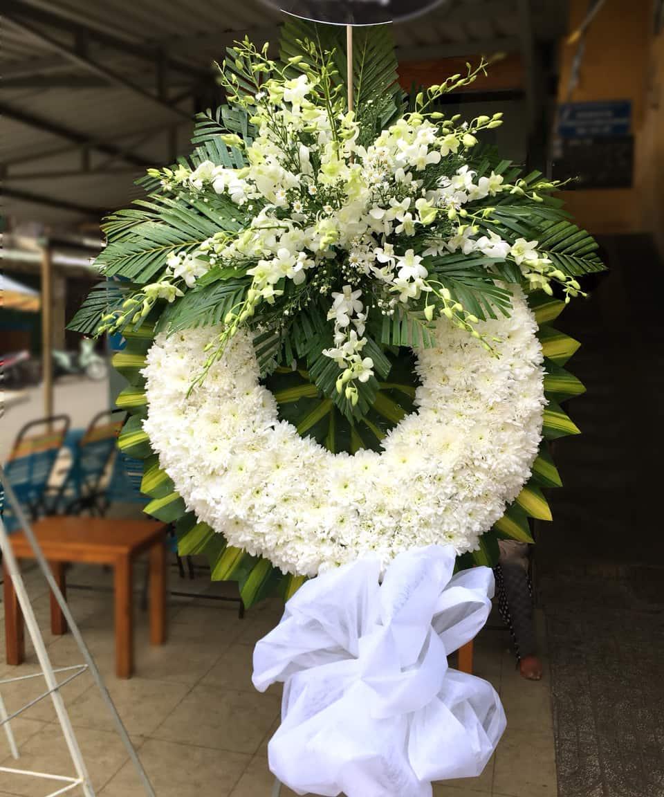 Hoa chia buồn HV013
