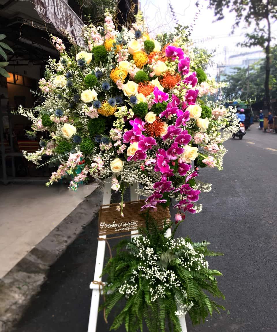 Đặt hoa tươi online quận tân phú