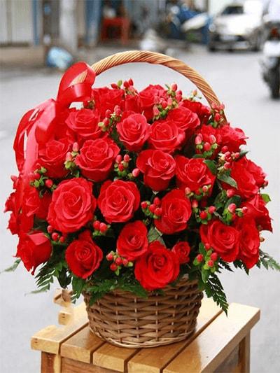 Giỏ hoa tươi GHT09