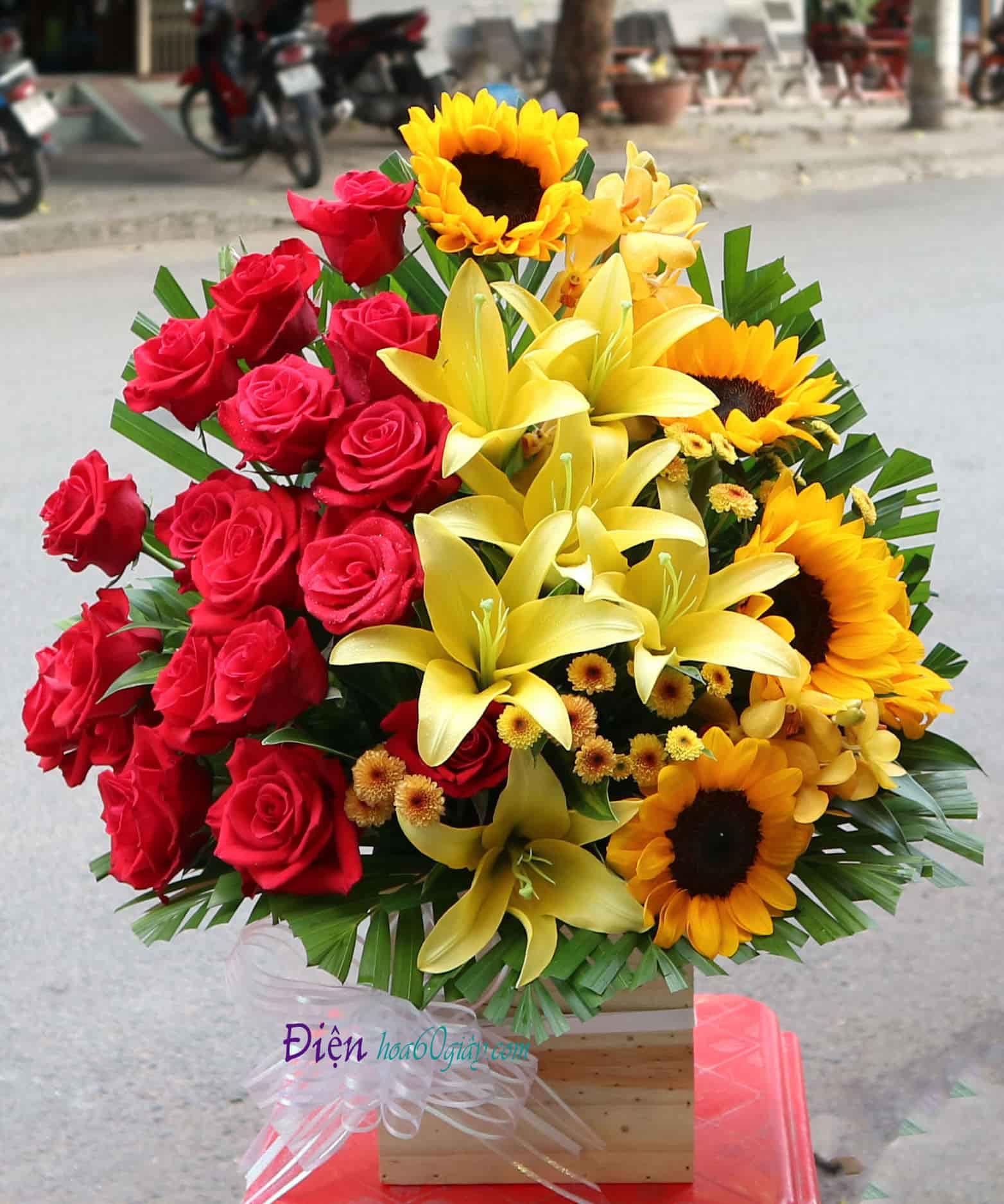 Hoa hồng và Hướng Dương HHT01