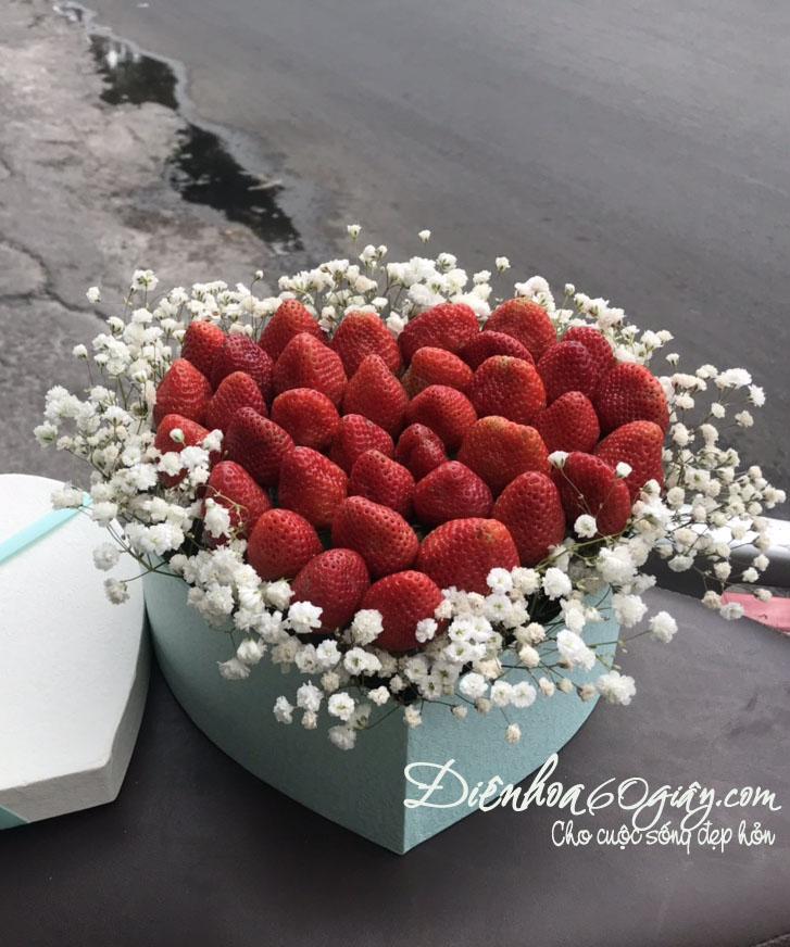 Hộp hoa dâu tây 19