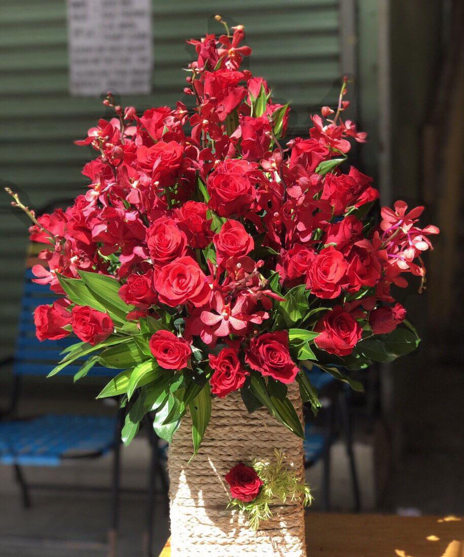 Hộp hoa tươi HHT23