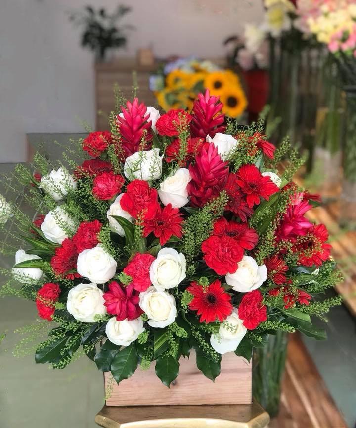 Hộp hoa tươi HHT20